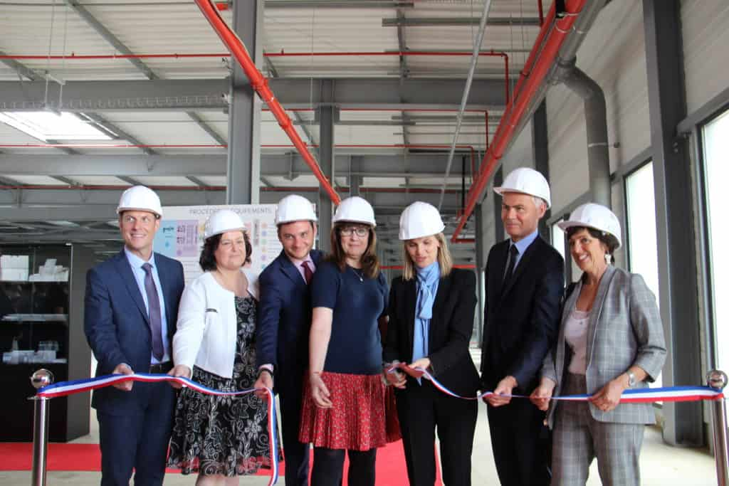 Agnès Pannier-Runacher, France's State Secretary to the Minister of Economy and Finance and Aspen's Lorraine Hill officiated at the inauguration of Aspen's anaesthetics facility in Notre Dame de Bondeville, France.